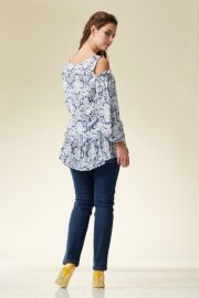 04-02-11-blouse-london-01-43-02-trousers-femo-1